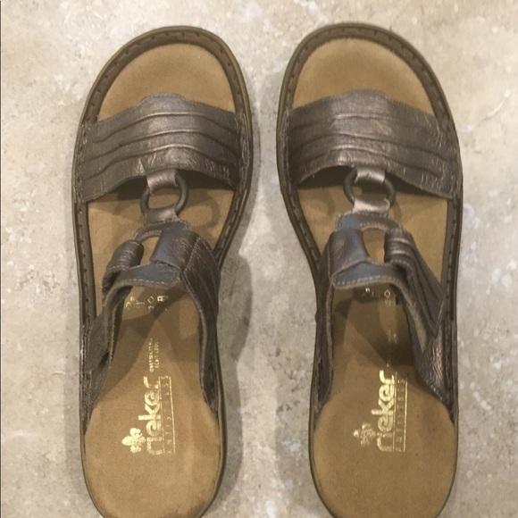 ace79789df17 Rieker slip on sandals